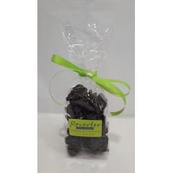 Chocolates de almendra negros